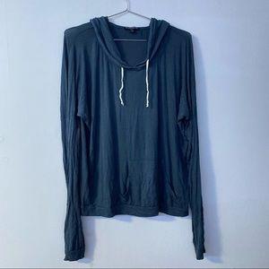 Brandy Melville long sleeve pullover top